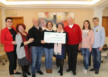 The ceremony of transferring a charitable check to the Foundation of Hospice Cudeca